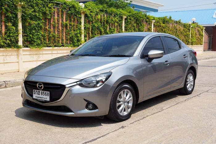 MAZDA 2 1.3 SKYACTIVE HIGH CONNECT ปี 2016 จดปี 2017