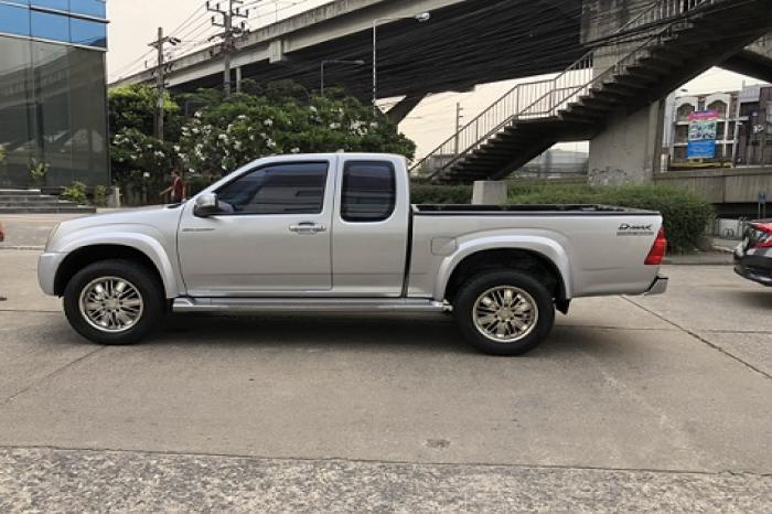 ขาย Isuzu D-max Gold Series Hilander Space cab ปี 2006